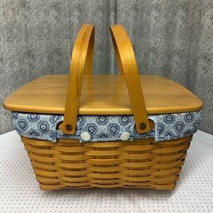Longaberger Large Homecoming Basket with Lid